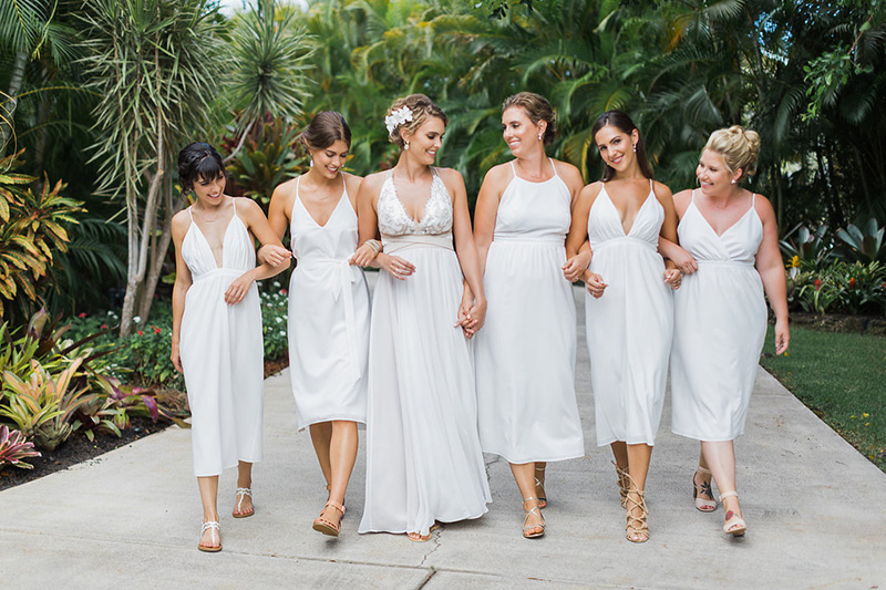 Our Bride, Lynsey and Her Entourage Dressed All In White -- A Lovely Vision!